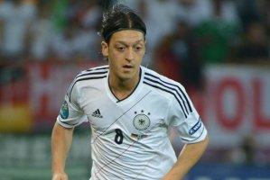 Озил признан лучшим игроком матча Германия — Португалия