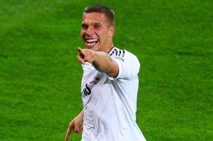 Подольски признан лучшим игроком матча Дания — Германия