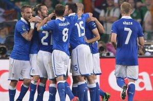Италия добывает путевку в плей-офф