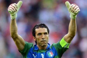 Буффон признан лучшим игроком матча Англия - Италия