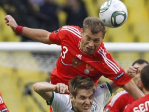 Алексей Березуцкий считает забить три мяча Португалии может любой из нападающих