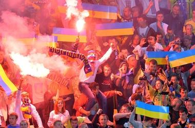 УЕФА может наказать фанатов Украины и Беларуси